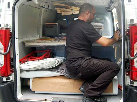 Transporter beladen für unseren Workshop
