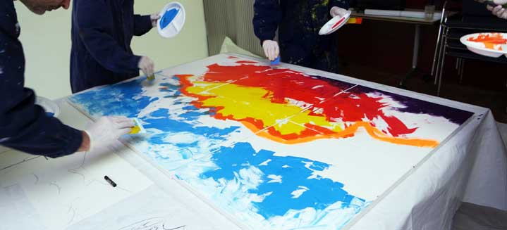 Mitarbeitertag mit Action Painting