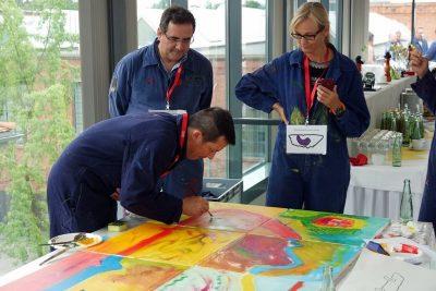 Visonsentwicklung am Mitarbeitertag, gemeinsam malen und kreativ sein in Zwickau, Sachen