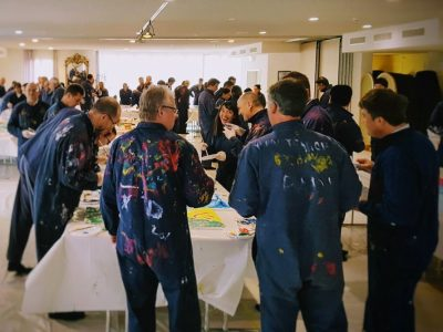 Motivation für Teams - Kick Off Teambuilding Event mit kreativer Malaktion