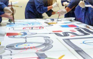 Hände malen Visionen und Utopien
